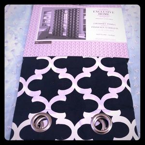 Drapes with silver grommets